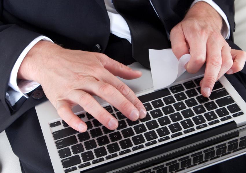 Cambio de centro de trabajo decisión unilateral del empresario